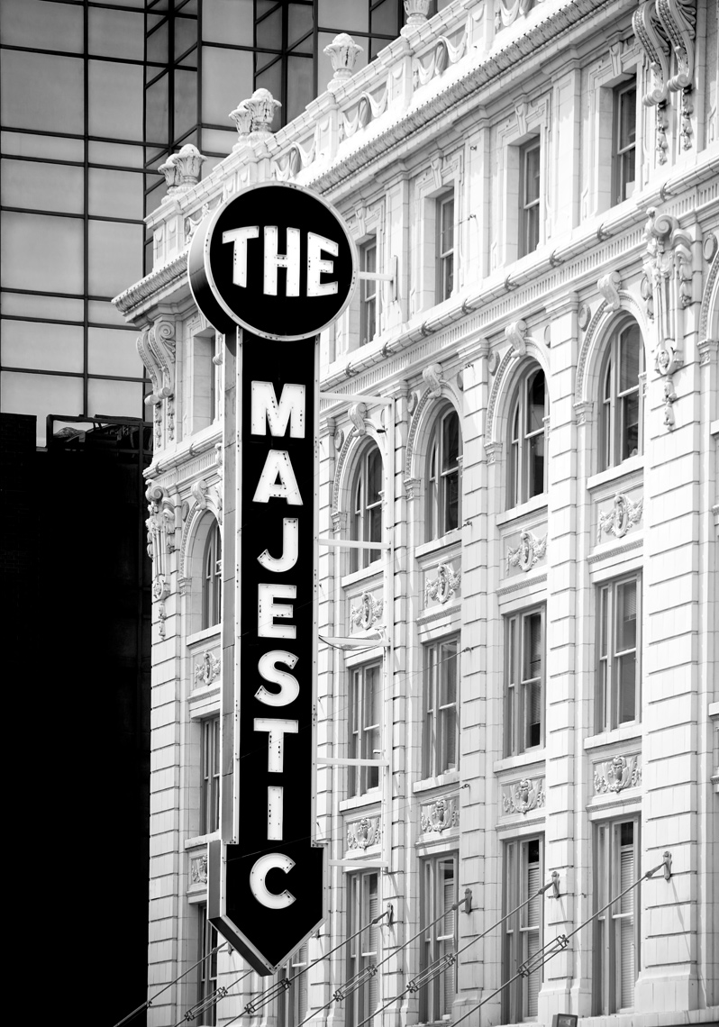 28_Majestic-Theater